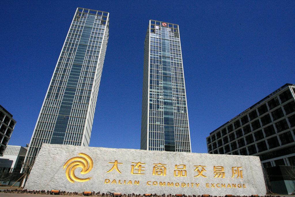 港交所: 港股今年中市值52.8万亿港元,同比增长39%