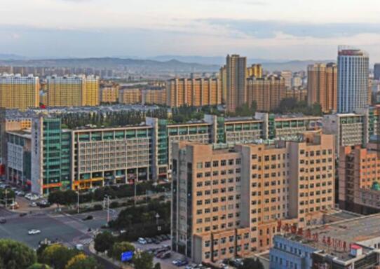 """内蒙古最低调地级市 不仅出土""""中国龙"""" 还非常""""有矿"""""""