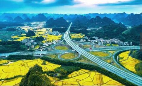 我国这条公路在国外走红,英媒体称赞为全球最美公路